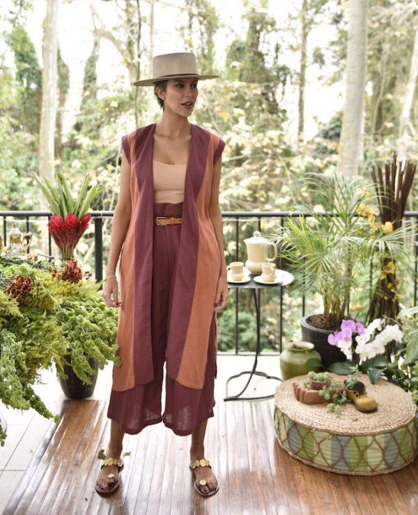 Chaleco Panaluu caldero y pantalon castros caldero coleccion primavera verano 2021