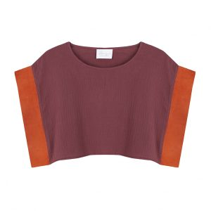 blusa crop top de algodon organico en color granate con mangas retro en ante color naranja