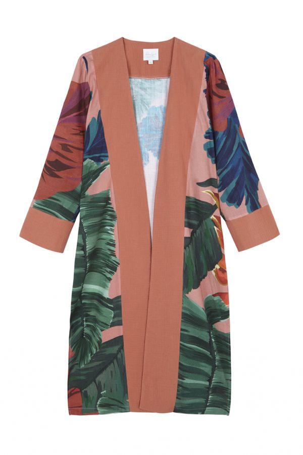 kimono de lino con algodon organico, con print tropical en tonos naranjas, azules y verdes, ideal para vestir casual o de fiesta, tambien se puede usar para ir por la playa con traje de baño a juego, diseño de paloma lajud primavera verano 2020