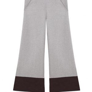 pantalon de algodon con terciopelo de tiro medio con bolsillos y borde inferior color marron