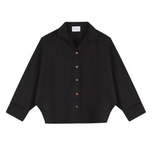 Camisa Miyako negra con mangas corte japones y cuello rigido