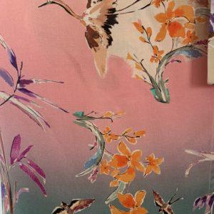 estampado aves y flores de la nueva coleccion de paloma lajud primavera verano 2020