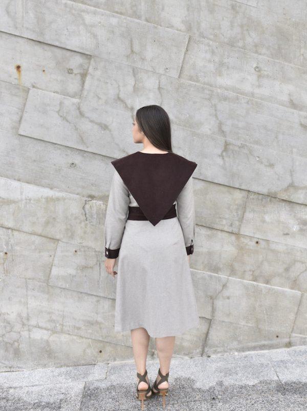falda mabona con blusa lang beige con marron